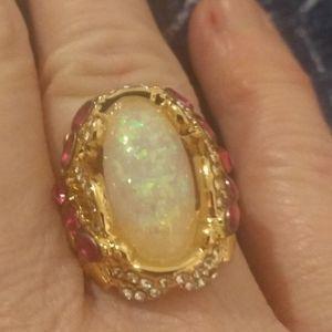 Beautiful 18k gold opal ring with rubies , diamond